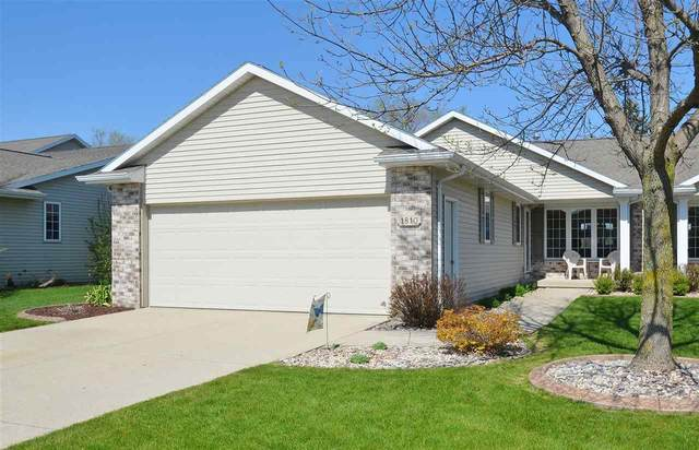 1810 Hardwoods Court, De Pere, WI 54115 (#50222417) :: Todd Wiese Homeselling System, Inc.