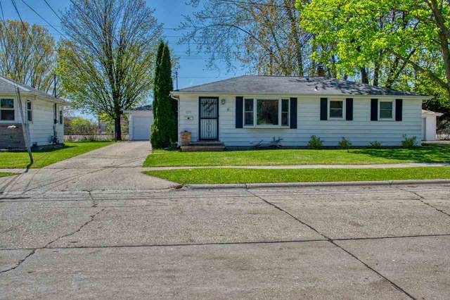 1215 W 4TH Street, Kimberly, WI 54136 (#50222427) :: Dallaire Realty