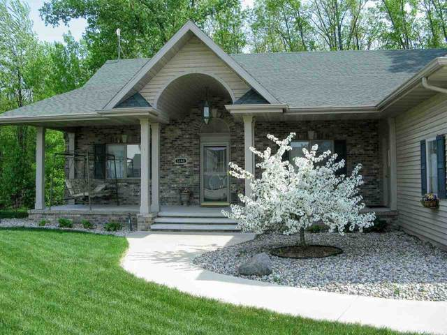 1542 Whitetail Drive, Neenah, WI 54956 (#50222494) :: Todd Wiese Homeselling System, Inc.