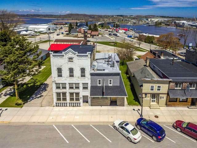 311 Harrison Street, Kewaunee, WI 54216 (#50222501) :: Todd Wiese Homeselling System, Inc.