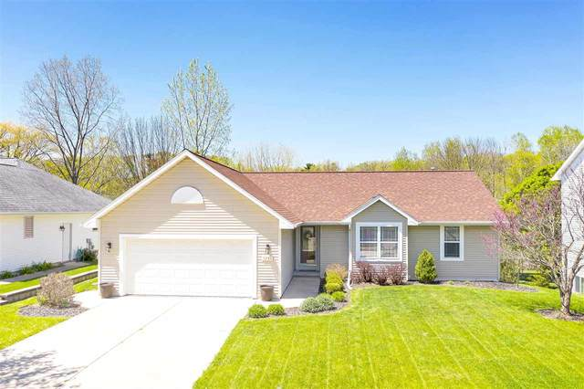 1261 Billie Court, Green Bay, WI 54313 (#50222541) :: Todd Wiese Homeselling System, Inc.
