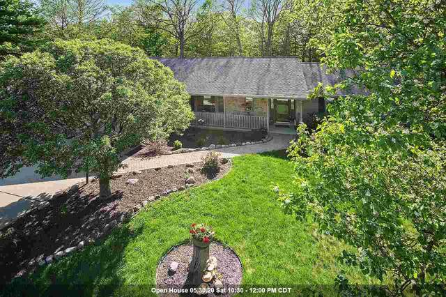 6178 Baywood Circle, Luxemburg, WI 54217 (#50222633) :: Todd Wiese Homeselling System, Inc.