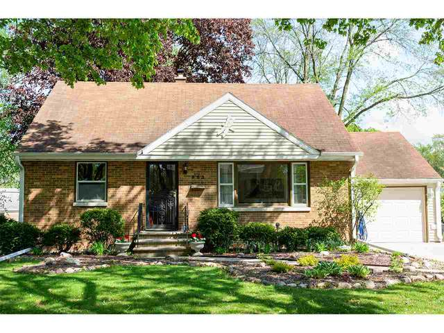 853 Spence Street, Green Bay, WI 54304 (#50222658) :: Dallaire Realty