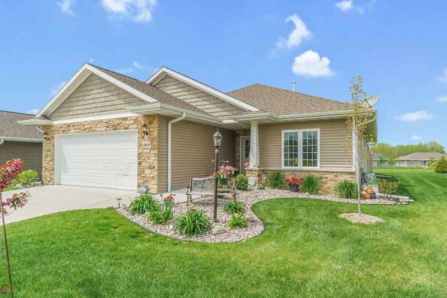 3869 Meunier Lane, Green Bay, WI 54311 (#50222661) :: Todd Wiese Homeselling System, Inc.