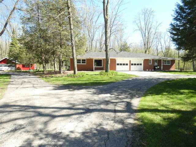 4854 Edgewater Beach Road, Green Bay, WI 54311 (#50222677) :: Todd Wiese Homeselling System, Inc.