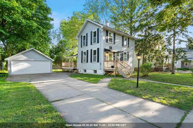 1015 W 5TH Street, Appleton, WI 54914 (#50222684) :: Todd Wiese Homeselling System, Inc.