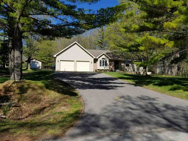 360 Park Ridge Avenue, Green Bay, WI 54313 (#50222688) :: Todd Wiese Homeselling System, Inc.