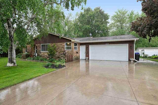 1125 E Calumet Street, Appleton, WI 54915 (#50222713) :: Todd Wiese Homeselling System, Inc.