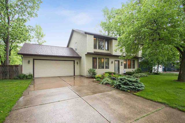 720 Indianwood Court, Neenah, WI 54956 (#50222723) :: Todd Wiese Homeselling System, Inc.