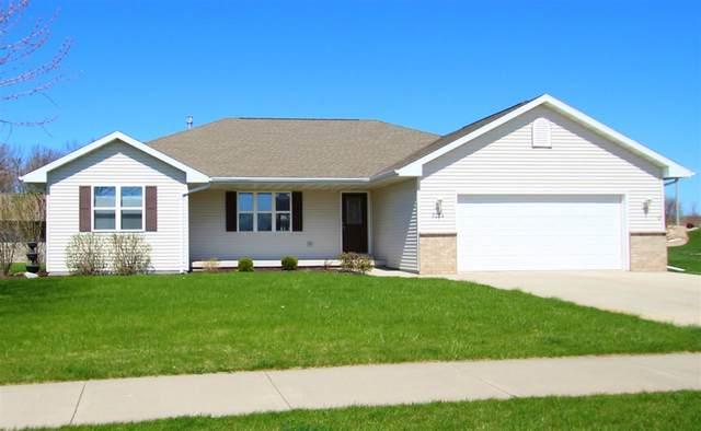 3224 Fieldcrest Drive, Kaukauna, WI 54130 (#50222794) :: Todd Wiese Homeselling System, Inc.