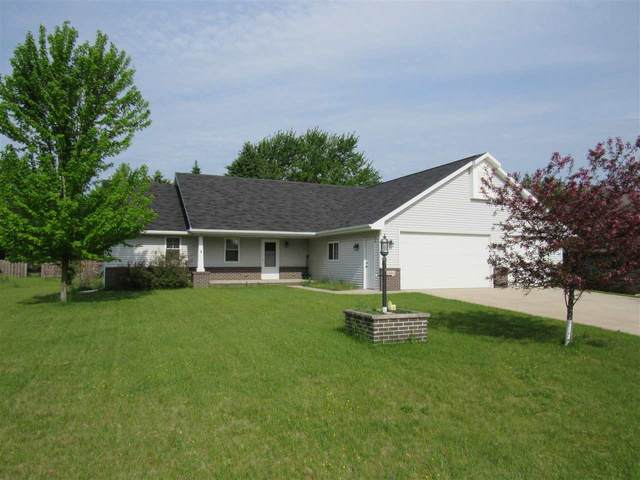 621 Voyagers Trail, Berlin, WI 54923 (#50222806) :: Todd Wiese Homeselling System, Inc.