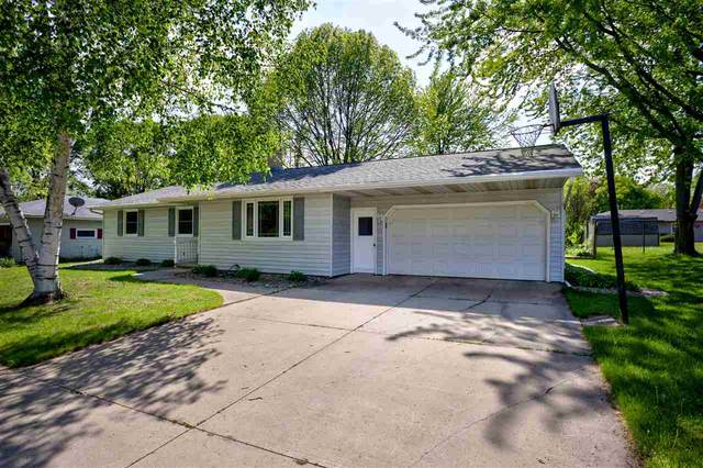 901 Sheridan Street, Kaukauna, WI 54130 (#50222819) :: Todd Wiese Homeselling System, Inc.