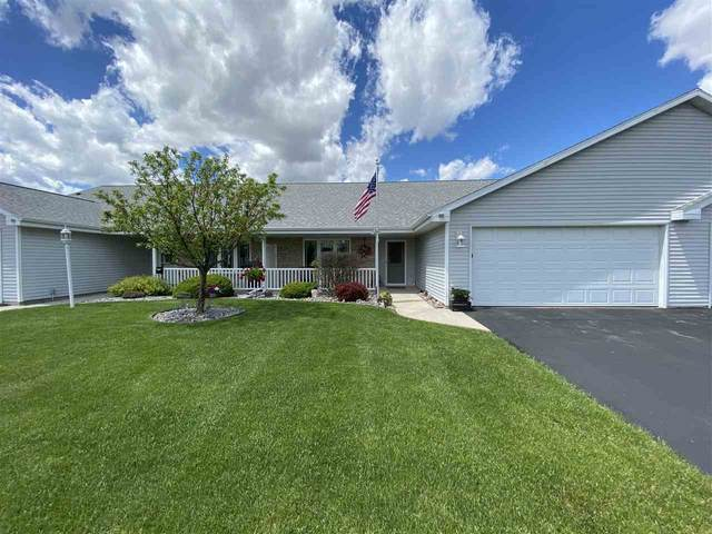 68 Stone Castle Drive #36, Fond Du Lac, WI 54935 (#50222847) :: Todd Wiese Homeselling System, Inc.
