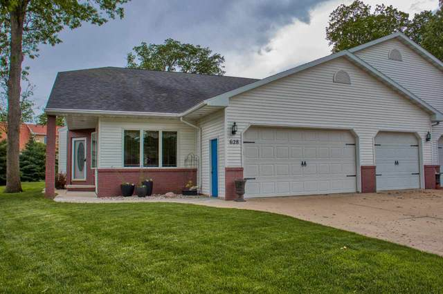 628 Highview Lane, Kimberly, WI 54136 (#50222864) :: Dallaire Realty