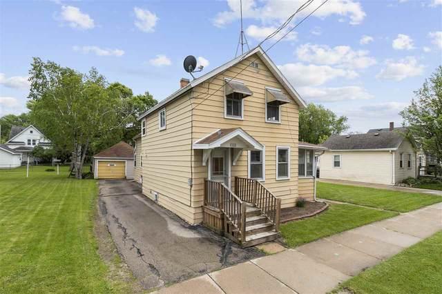1022 Mt Vernon Street, Oshkosh, WI 54901 (#50222877) :: Todd Wiese Homeselling System, Inc.