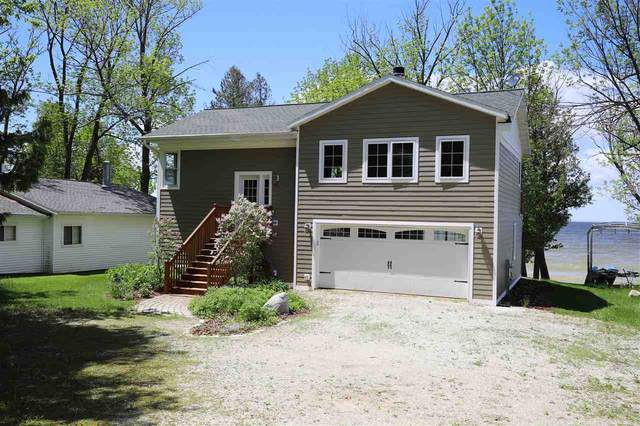 2757 Bay Road, Brussels, WI 54204 (#50222886) :: Symes Realty, LLC