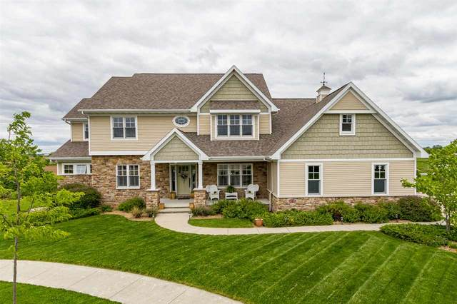 5750 N Summerland Court, Appleton, WI 54913 (#50222891) :: Symes Realty, LLC