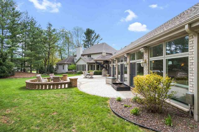 2131 Sweetwater Court, Green Bay, WI 54313 (#50222896) :: Todd Wiese Homeselling System, Inc.