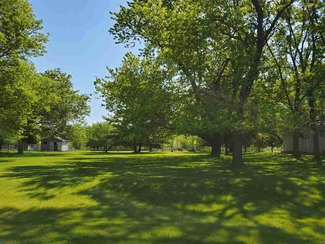 Barton Road, Oshkosh, WI 54904 (#50222899) :: Todd Wiese Homeselling System, Inc.