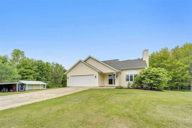 1623 Sandalwood Road, Sobieski, WI 54171 (#50222904) :: Dallaire Realty