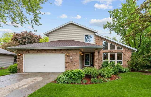 42 Springbrook Cercle Drive, Appleton, WI 54914 (#50222907) :: Todd Wiese Homeselling System, Inc.