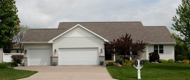 5488 Serenity Court, Appleton, WI 54914 (#50222917) :: Todd Wiese Homeselling System, Inc.