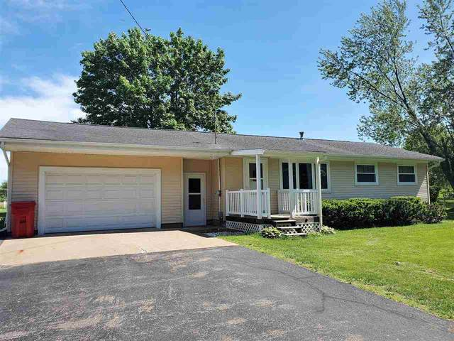 N2938 Hwy Qq, Waupaca, WI 54981 (#50222919) :: Dallaire Realty