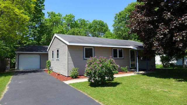 520 Harriet Street, Waupaca, WI 54981 (#50222920) :: Todd Wiese Homeselling System, Inc.