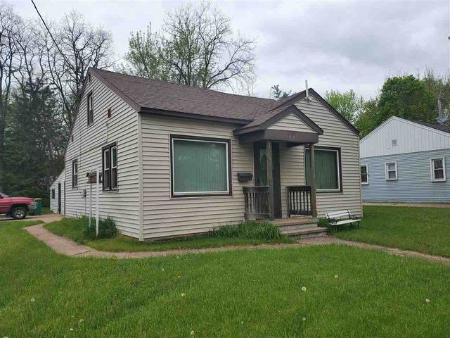 826 8TH Street, Waupaca, WI 54981 (#50222928) :: Todd Wiese Homeselling System, Inc.