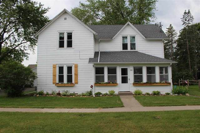 322 S Oxford Street, Wautoma, WI 54982 (#50223032) :: Todd Wiese Homeselling System, Inc.
