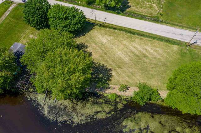 640 E River Drive, Omro, WI 54963 (#50223049) :: Todd Wiese Homeselling System, Inc.