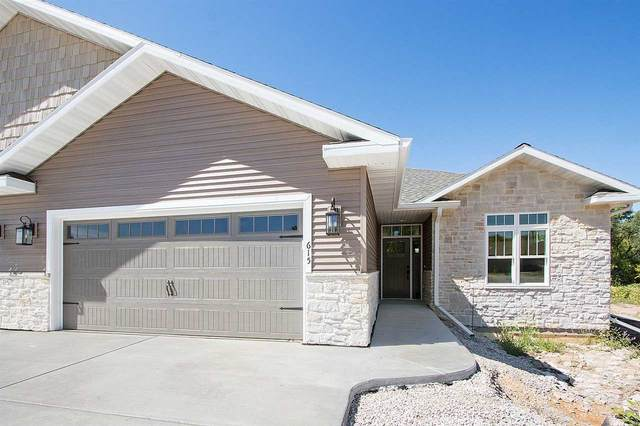 602 Olde River Court, Green Bay, WI 54301 (#50223081) :: Todd Wiese Homeselling System, Inc.