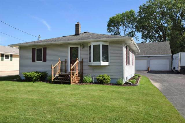 426 E Wisconsin Street, Seymour, WI 54165 (#50223094) :: Todd Wiese Homeselling System, Inc.