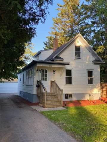 2342 N Main Street, Oshkosh, WI 54901 (#50223104) :: Todd Wiese Homeselling System, Inc.