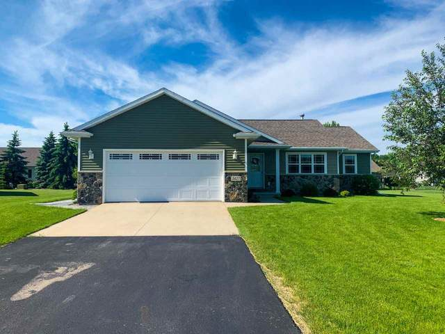 1427 Anthem Drive, Neenah, WI 54956 (#50223133) :: Todd Wiese Homeselling System, Inc.
