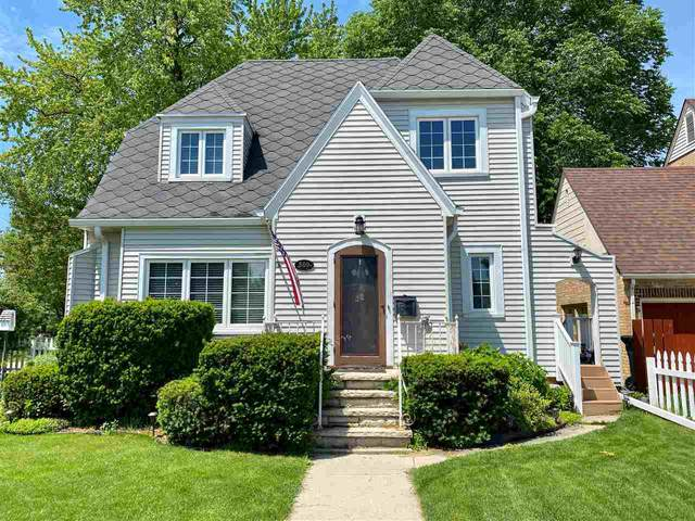 580 S Park Street, Fond Du Lac, WI 54935 (#50223243) :: Todd Wiese Homeselling System, Inc.