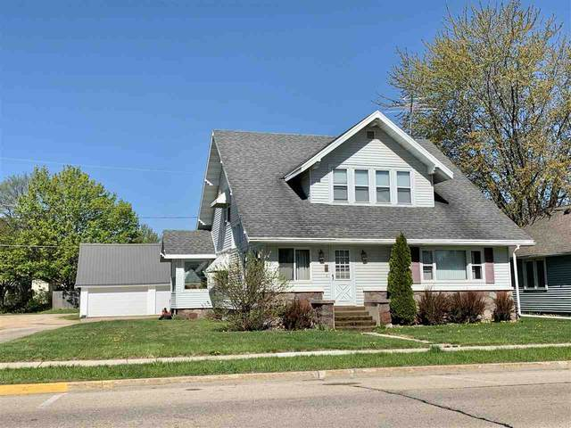 141 N Cecil Street, Bonduel, WI 54107 (#50223287) :: Todd Wiese Homeselling System, Inc.