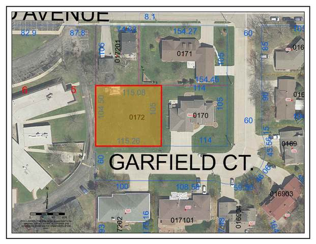 Garfield Court, Little Chute, WI 54140 (#50223333) :: Todd Wiese Homeselling System, Inc.
