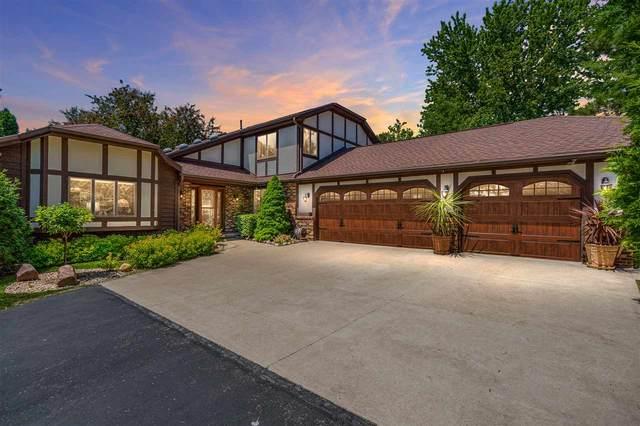 8348 Pine Cone Circle, Larsen, WI 54947 (#50223337) :: Todd Wiese Homeselling System, Inc.