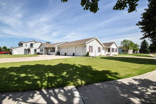 296 Desplaine Road, De Pere, WI 54115 (#50223338) :: Todd Wiese Homeselling System, Inc.