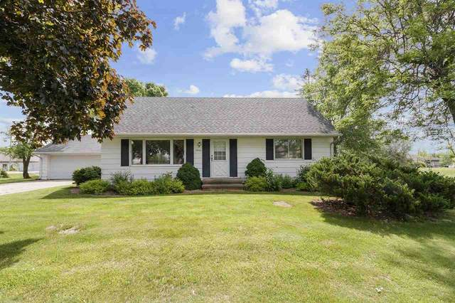 3906 Evergreen Court, Appleton, WI 54913 (#50223359) :: Todd Wiese Homeselling System, Inc.