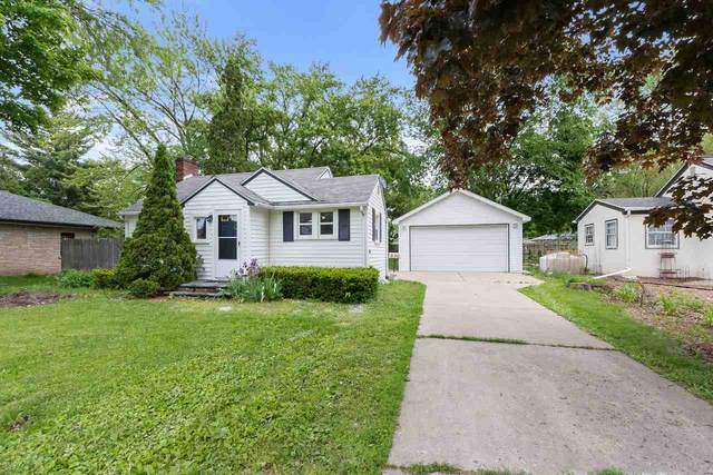 836 N Webster Avenue, De Pere, WI 54115 (#50223429) :: Todd Wiese Homeselling System, Inc.