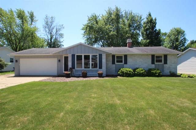 1589 Carole Lane, Green Bay, WI 54313 (#50223448) :: Todd Wiese Homeselling System, Inc.