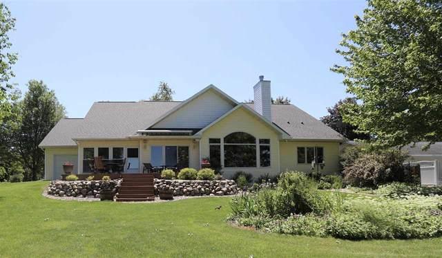 8670 Hwy B, Winneconne, WI 54986 (#50223501) :: Todd Wiese Homeselling System, Inc.