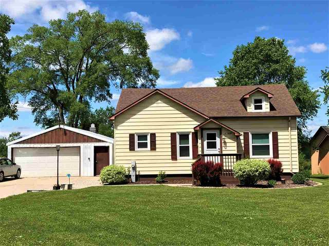 12629 Velp Avenue, Green Bay, WI 54313 (#50223508) :: Todd Wiese Homeselling System, Inc.