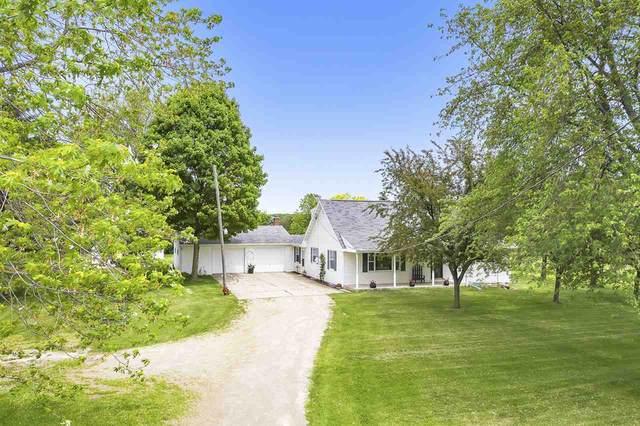 2447 School Road, Greenleaf, WI 54126 (#50223534) :: Todd Wiese Homeselling System, Inc.