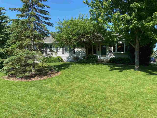 5050 Redbud Court, Green Bay, WI 54311 (#50223553) :: Symes Realty, LLC