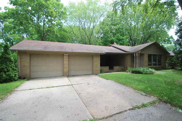 636 Mt Mary Drive, Green Bay, WI 54311 (#50223558) :: Todd Wiese Homeselling System, Inc.