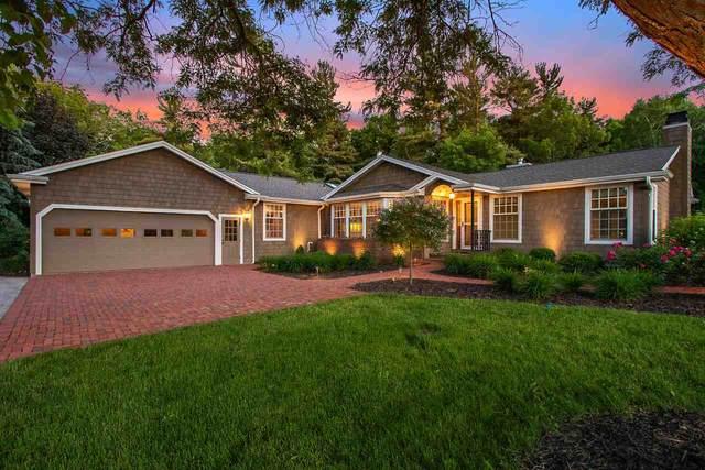 4450 Whisper Lane, De Pere, WI 54115 (#50223609) :: Ben Bartolazzi Real Estate Inc