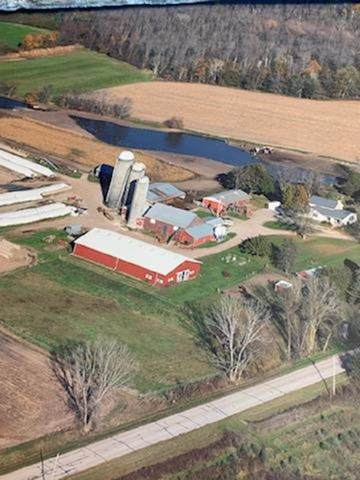 13504 Haas Road, Reedsville, WI 54230 (#50223628) :: Symes Realty, LLC